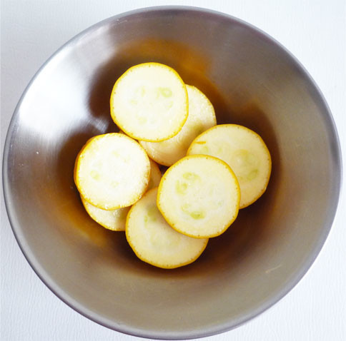 チコリとイエローズッキーニのパスタレシピ
