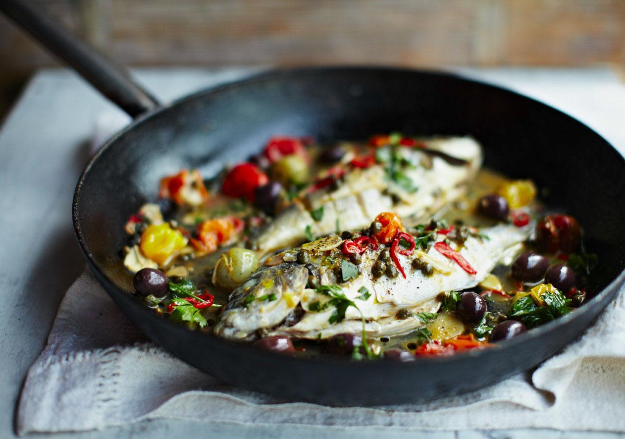 地中海が生んだイタリアの郷土料理 「アクアパッツァ 」