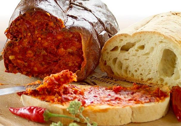 南イタリアの辛いサラミ「ンドゥヤ」