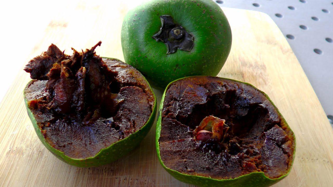 チョコレートプリンのような柿/ブラックサポテ