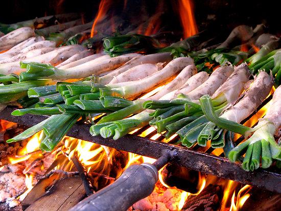 スペイン野菜・カタルーニャ版焼ねぎ「カルソッツ」